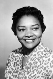 Juanita Moore photo