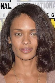 Kandyse McClure photo
