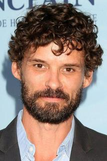 Austin Nichols photo