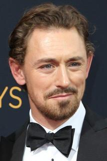 JJ Feild photo