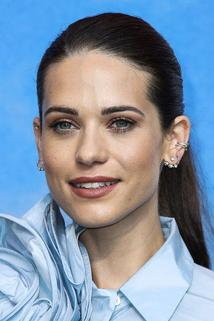 Lyndsy Fonseca photo