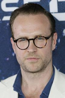 Rafe Spall photo