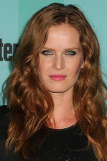 Rebecca Mader photo