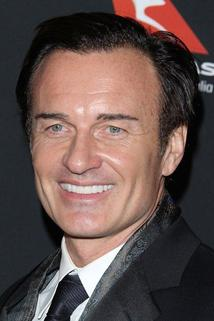 Julian McMahon photo