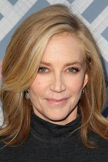 Ally Walker photo