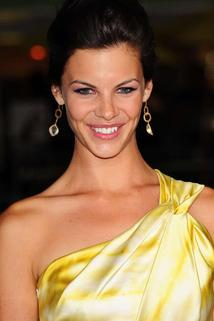 Haley Webb photo