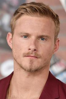 Alexander Ludwig photo