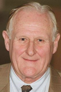 Peter Vaughan photo