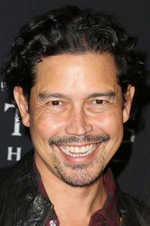 Anthony Ruivivar photo