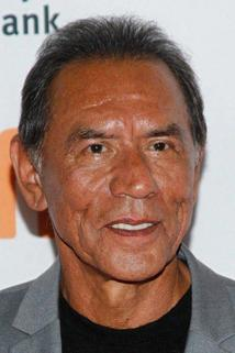 Wes Studi photo