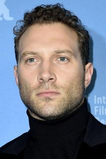 Jai Courtney photo