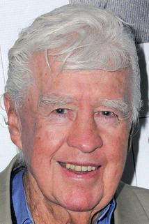 Clu Gulager photo