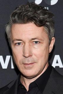 Aiden Gillen photo