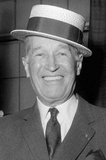 Maurice Chevalier photo