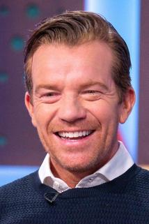 Maxton Beesley photo